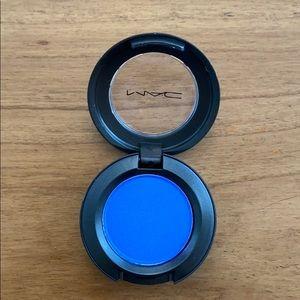 MAC Cosmetics C-Shock Bang On Blue Eyeshadow